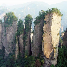 9D7N Zhangjiajie (Changsa / Yiyang / Changde / Phoenix Ancient Town / Grand Canyon - Include Mountain Glass Bridge)